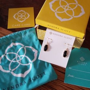 New in box Kendra Scott Lee Gold Earrings in black